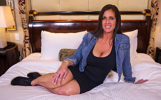 MomPov Eager MILF can t wait to get MomPov d