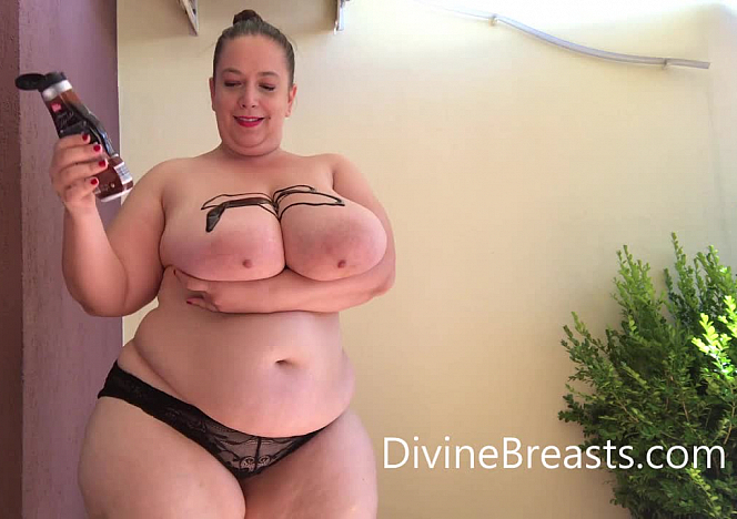 DivineBreasts Mia Sweetheart Chocolate Covered Boobs