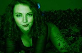 MANYVIDS HayleeLove in Poison Ivy Makes Robin Her Slave