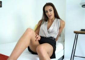 Wankitnow Cleo Summers Dirty Estate Agent