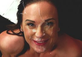 Cumperfection Vinna Reed in Bendy Facial