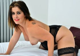 Anilos Montse Swinger in Lingerie Love