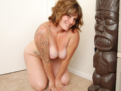 TacAmateurs Misty B – Strip naked and dance for you Photo Album