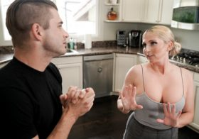 Nurumassage Christie Stevens in Mother-In-Laws Advice