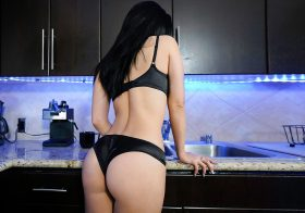 Pervmom kylie kingston in MILF Nut Busting Lessons