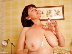 TacAmateurs Juicey Janey – I Love My Big Oiled Tits Photo Album
