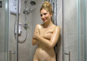 Wankitnow Stephanie Bonham Carter Sneaky Shower