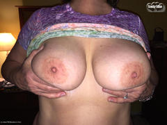 TacAmateurs Busty Bliss – Tie Died Titties Photo Album