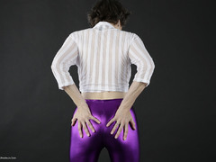 TacAmateurs Hot Milf – My Shiny Purple Leggings Photo Album