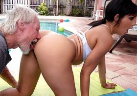 Ass Parade Ass Parade Old Man Loves The Booty