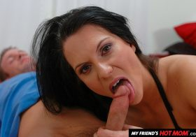 My Friend's Hot Mom My Friend's Hot Mom Elle Cee Porn star Elle Cee takes a young cock Mar 30, 2020.mp4