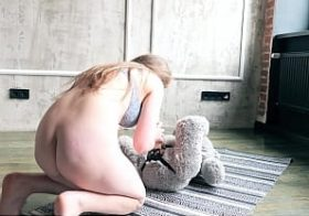 Plushies.tv Lusilla Sex On The Floor