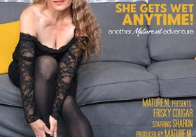 MATURE NL update   12775 sharon is a cougar that loves to please her wet pussy anytime and anywhere