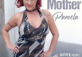 MATURE NL update   12811 pamela is my best friends mother and she is one hot horny minx