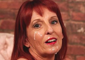 Cumperfection Beau Diamonds in Bored Housewife Facial