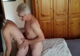 Yourvoyeurvideos Husband gropes wife tits