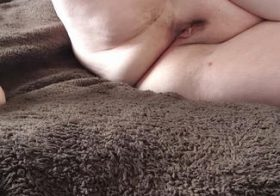 MydirtyHobby Lonely girl likes her toys Cupolady