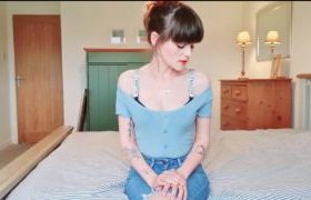 MANYVIDS SydneyHarwin in And I'm Back